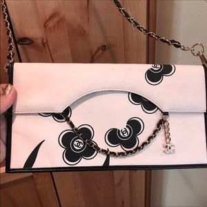 Chanel Runway clutch crossbody camellia Limited ED